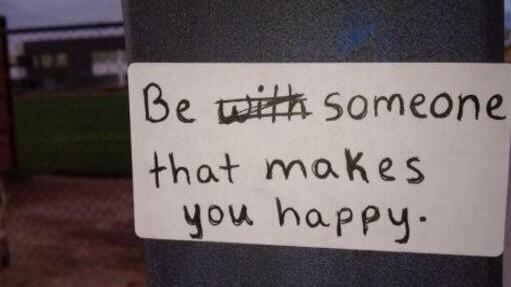 kendini mutlu eden kişi ol